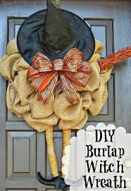 Diy Halloween Wreath Ideas by 80 Best Halloween Wreaths Images On Pinterest Halloween Wreaths