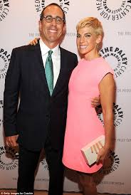 Jerry Seinfeld Halloween Costume Jerry Seinfeld U0027s Wife Jessica Steals Spotlight Pink Dress