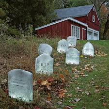 the 25 best halloween graveyard decorations ideas on pinterest
