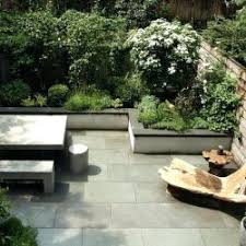 Townhouse Backyard Design Ideas Townhouse Fenced Backyard Landscape Ideas Gardening Flower And