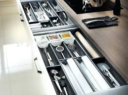 amenagement interieur tiroir cuisine amenagement tiroir cuisine tiroir de rangement pour ustensiles de