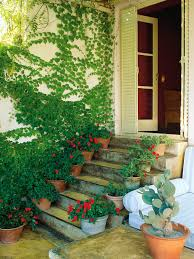 private garden tucked between walled space design for small spaces