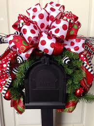 mailbox swag mailbox decor and by williamsfloral