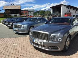 bentley mulsanne blacked out 2017 bentley mulsanne jaguar tesla model x rival saab is dead