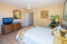 Island Seas Resort Rooms - Bedroom island