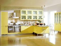 cuisine jaune citron davaus decoration cuisine jaune avec des idées