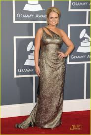 miranda lambert engagement ring miranda lambert grammys 2011 red carpet photo 2519230 2011