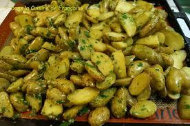 cuisiner les pommes de terre de noirmoutier pommes de terre ratte rôties au four dans la cuisine de françoise
