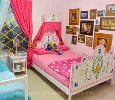 Disney Frozen Bedroom by Cool Frozen Bedroom Frozen Room Decor Pinterest Frozen
