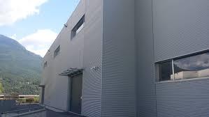 capannone in lamiera rivestimento facciata capannone revolti lattonerie kalzip