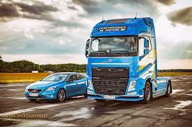 volvo trucks na wyścigi volvo v40 t5 polestar oraz trucks fh perfor