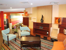 hotels near bridgestone arena in nashville tennessee