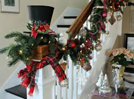 Christmas Banister Garland Ideas 270 Best Christmas Garland Images On Pinterest Christmas Ideas