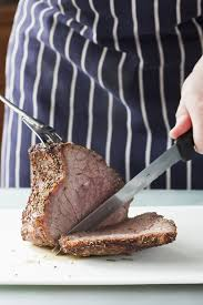how many calories are in a roast beef on white bread sandwich