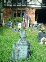 This Is Halloween Yard Decorations Ideas Minimalist Yard Haunt