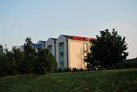 darty siege social rambouillet hotel hotel noctuel yvelines near forest