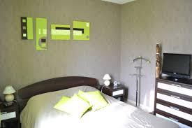 chambre vert gris chambre vert gris fabulous chambre taupe et vert deco chambre con