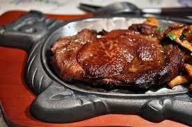cuisiner une entrecote délices et caprices entrecôte de bœuf en cocotte façon georges blanc