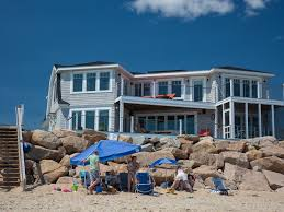 stunning beach house on misquamicut homeaway misquamicut