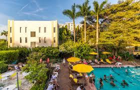 hilton bentley miami summer u0027s best bargains on miami beachfront hotels cheaptickets