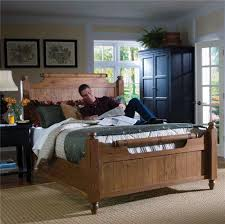 Broyhill Attic Heirloom Bedroom Queen Feather Headboard And Footboard Bed By Broyhill Furniture