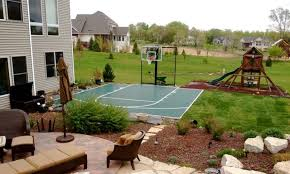 Backyard Sports Game Outdoor Game Courts For All Sports In Small Backyard Space