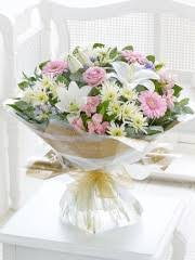 anniversary flowers u0026 gifts interflora