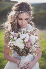 Flower Decorations For Hair Get Inspired 25 Pretty Spring Wedding Flower Ideas Weddbook