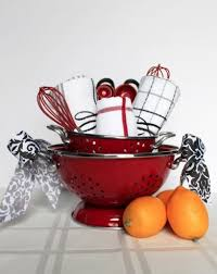 kitchen gift baskets 14 easy crafts and gifts for cooks and bakers diy gifts for