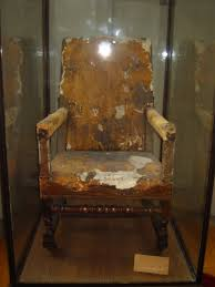 fauteuil de malade le café philo de droite