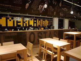mercado fast casual restaurant by carlos vilar architect02 ramen