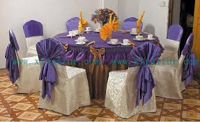 table covers for weddings mique s white wedding cake with roses at with