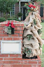 Mailbox Post Christmas Decorations by Christmas Mailbox Decorations Burlap And Greenery