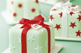 40 christmas cake ideas all wrapped up goodtoknow