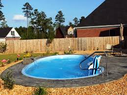 Small Pool Backyard Ideas by Swimming Pool Fiberglass Swimming Pool With 3 Patio Lounge Chairs