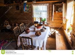 Maison En Bois Interieur à L U0027intérieur D U0027une Maison En Bois Dans Veliky Novgorod La Russie