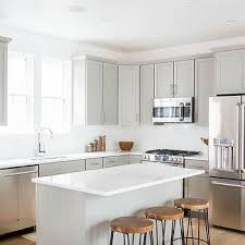 Grey Shaker Kitchen Cabinets by Light Grey Shaker Kitchen Cabinets Design Ideas