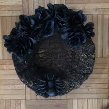 Halloween Wreath Decorations by Flipping Houses Home Renovation In Silicon Valley