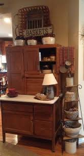 primitive painted kitchen cabinets primitive living rooms paint