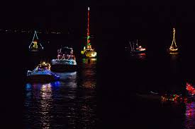 Houseboat Rental Near Los Angeles Best Holiday Events For Couples In Los Angeles Cbs Los Angeles