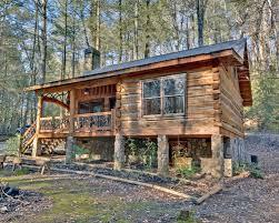 One Story Log Cabins Rustic Log Cabin Decks Houzz