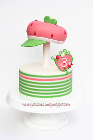 Strawberry Shortcake Cake Decorations Berry Sweet Pickins Strawberry Cake Cupcake And Parties