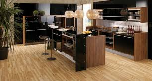 cuisine laqué noir cuisine noir laque et bois waaqeffannaa org design d intérieur