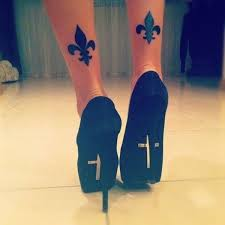 30 leg designs for