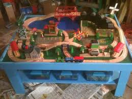 thomas the tank engine table top simple train play table