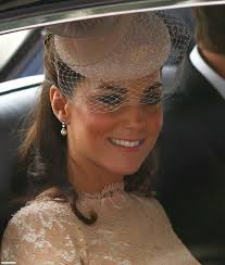 kate middleton diamond earrings catherine dutchess of cambridge and heavenly necklaces pearl and