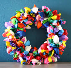 balloon wreath how to make a balloon wreath guide patterns