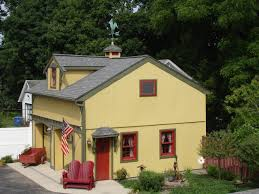 what is a ranch house what is a carriage house excellent 14 carriage house wilstem