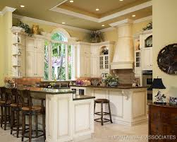belles cuisines traditionnelles highly detailed country kitchen the kitchen