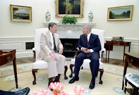 reagan oval office file reagan s meeting with oleg gordievsky in the oval office 15